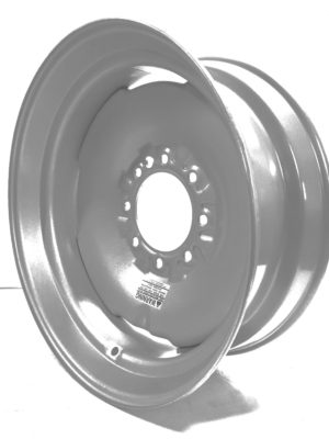 GKN 225825 8 HOLE SILVER WHEEL